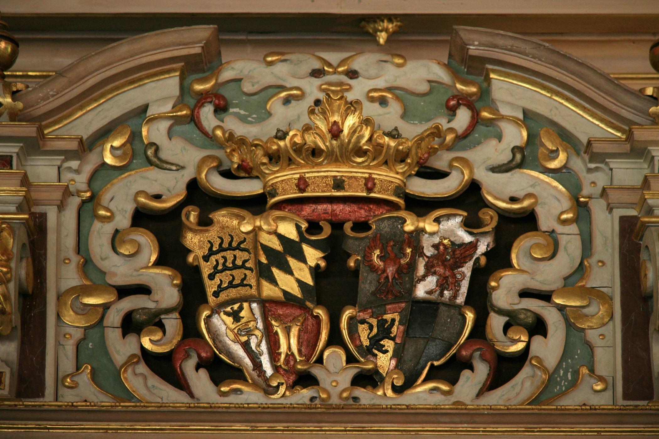 Residenzschloss Urach, Wappen im Goldenen Saal