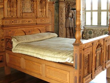 Residenzschloss Urach, Bett aus dem Schloss