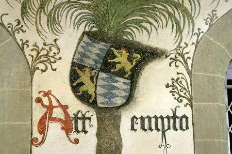Detailansicht von der Wandmalerei im Palmensaal von Schloss Urach